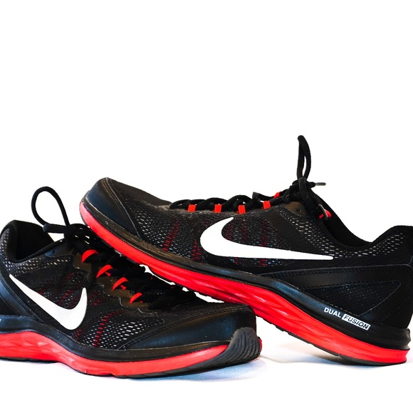 Nike Shoes | Nike Dual Fusion Black And